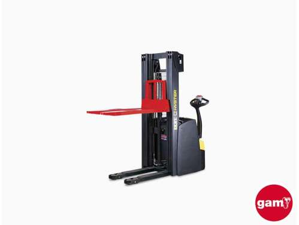 Apilador eléctrico de almacén de conductor acompañante Hyster S1.0